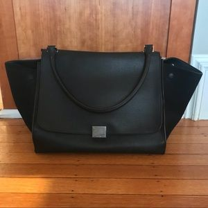 Celina Trapeze Large Size Black With Receipt!